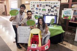 Participantes en la Feria del Talento Emprendedor 2014