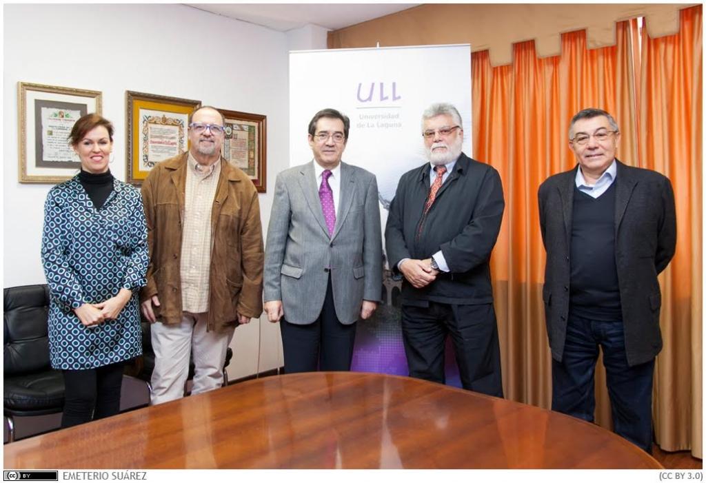 Los máximos responsables de la ULL y del Instituto de Estudios Hispánicos de Canarias, tras la reunión.