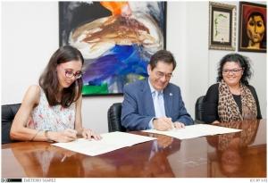 Foto 5. Firma Asociación Sordociegos de España