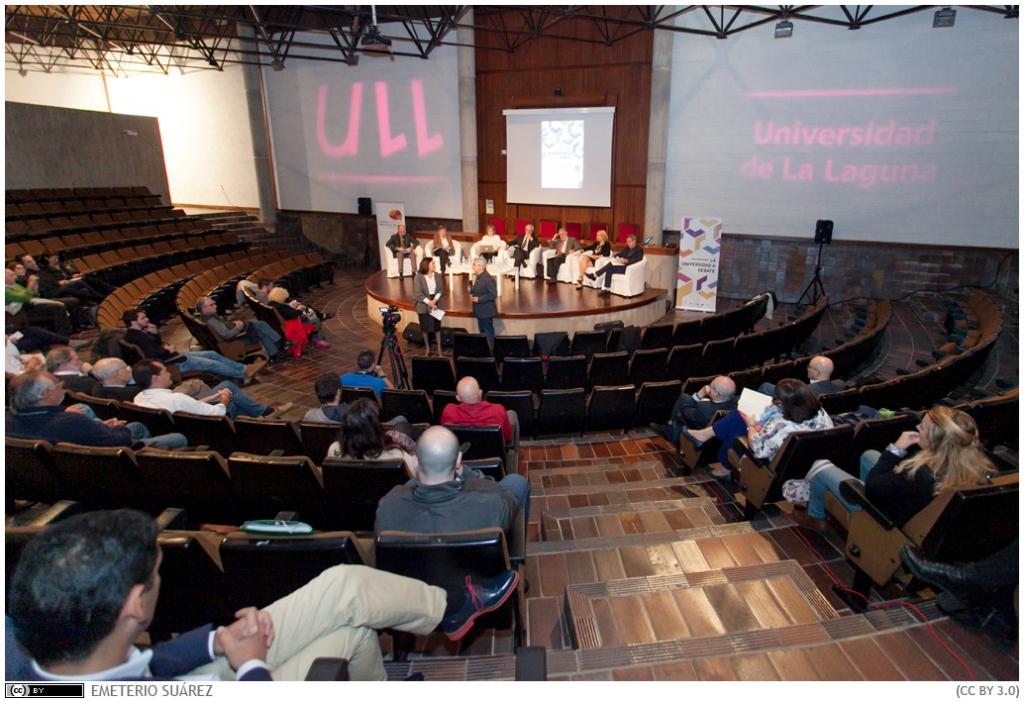 Univ-a-debate-17